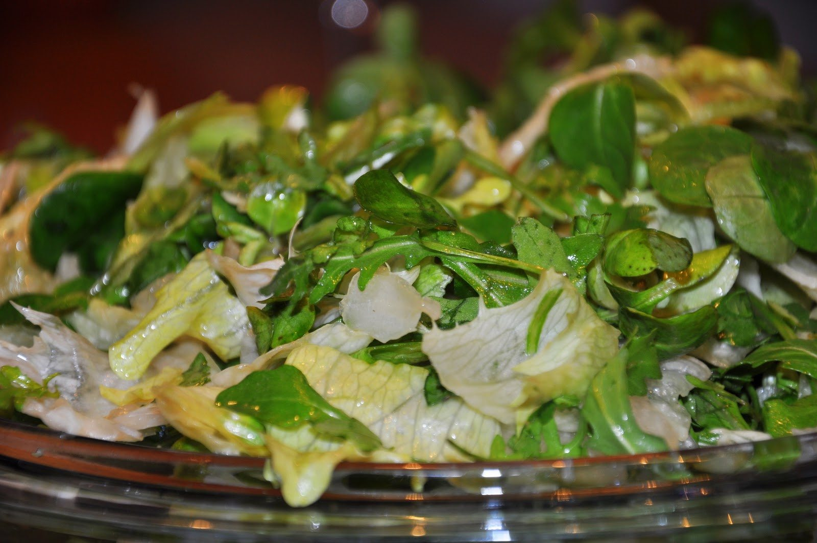 mesana-zelena-solata
