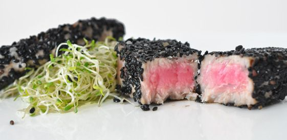 Tuna-%C4%8Drni+sezam_01.jpg